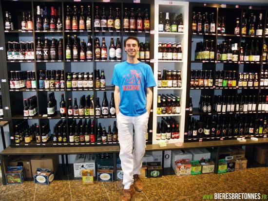 Alain Mulet, gérant cave à bières Chez Alain