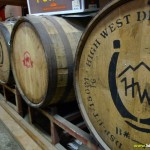 Des tonneaux remplis de bière
