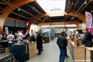 L'intérieur du salon de Saint-Malo Craft Beer Expo