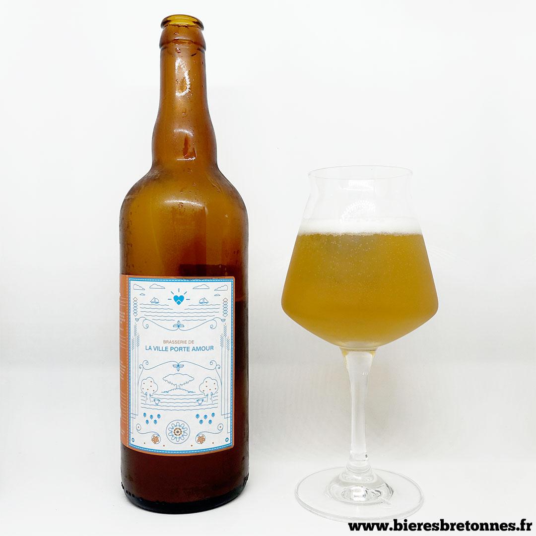 Les Fous Du Labo 1 Cream Ale – Brasserie La Ville Porte Amour